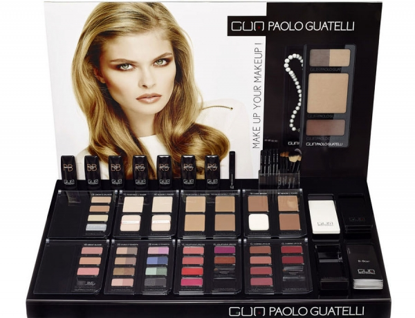 Make Up Your Make Up di Paolo Guatelli